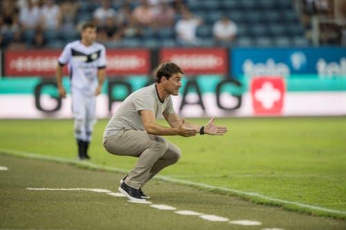 FCL-Trainer René Weiler mit Anweisungen vom Spielfeldrand. (Bild: Pius Amrein (Luzern, 4. August 2018))