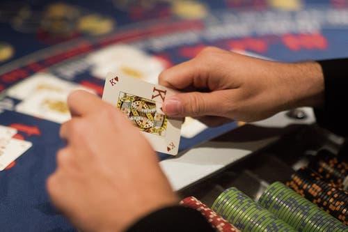 Es geht auf 21: Black Jack ist neben Poker ein Klassiker im Casino.