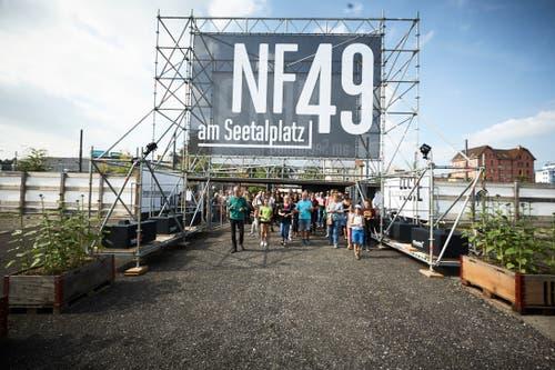 """Die Zwischennutzung """"Platzhalter"""" am Seetalplatz öffnete am Samstag seine Tore. In den nächsten drei Jahren soll """"NF 49"""" ein Treffpunkt für die Bevölkerung werden. (Bilder: Jakob Ineichen, Emmen, 15.September 2018)."""