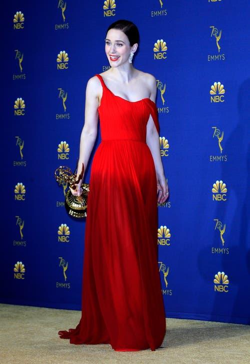 Rachel Brosnahan gewann den Emmy für die «Beste Darstellerin einer Comedy-Serie» in der Serie «The Marvelous Mrs Maisel». (Bild: EPA/Nina Prommer, 17. September 2018)