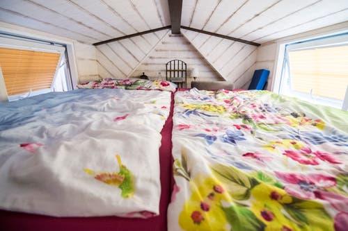 Das «Schlafzimmer» im Tiny House von Cornelia und Sandro.