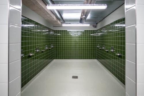 Ein Blick in die Duschen. Bild: Pius Amrein (Kriens, 26. September 2018)