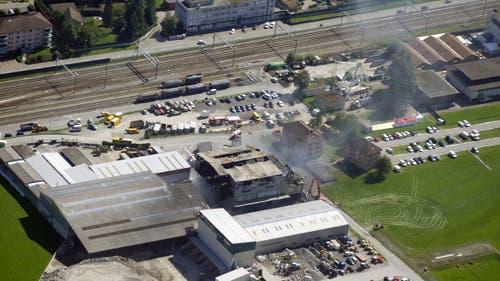 Aufnahmen aus der Luft zeigen das Ausmass der Zerstörung. (Bild: Stefan Simmen)
