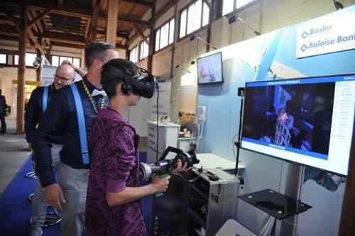 Bei der Baloise kann man in virtuelle Welten abtauchen. (Bild: Urs Hanhart, Altdorf, 7. September 2018)