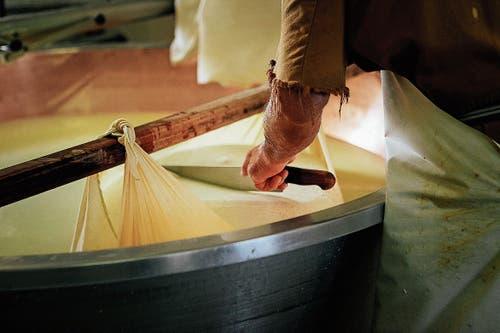 Traditionelles Handwerk für Touristen: das Käsen. (Bild: Getty)