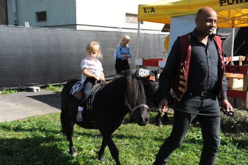Ponyreiten im Kinderland. (Bild: Urs Hanhart, Altdorf, 8. September 2018)