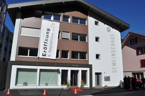 Das neue Gemeindehaus in Lungern. (Bilder: Birgit Scheidegger (Lungern, 9. September 2018))