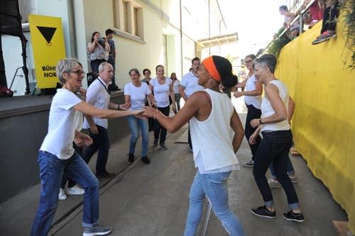 Tanzeinlage auf dem Messegelände. (Bild: Urs Hanhart, Altdorf, 8. September 2018)