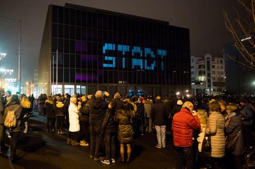 Immer wieder zierte das Wort «Stadt» die Fassade des Stadthauses. (Bild: Boris Bürgisser, Kriens, 31. Dezember 2018)