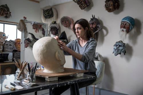Petra Büchli in ihrem Atelier an der Wyssmattstrasse in Kriens. (Bilder: Manuela Jans-Koch (28. Dezember 2018))
