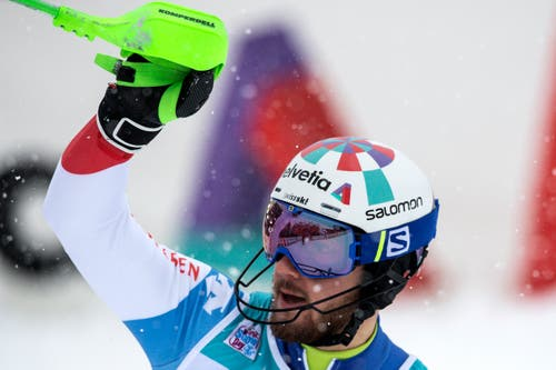 Die beiden Schweizer Luca Aerni (im Bild) und Reto Schmidiger schieden im zweiten Lauf aus. (Bild: Keystone/Peter Schneider (13. Januar 2019))