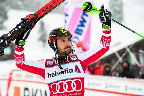 Marcel Hirscher feiert seinen 67. Weltcupsieg. (Bild: Keystone/Jean-Christophe Bott (13. Januar 2019))