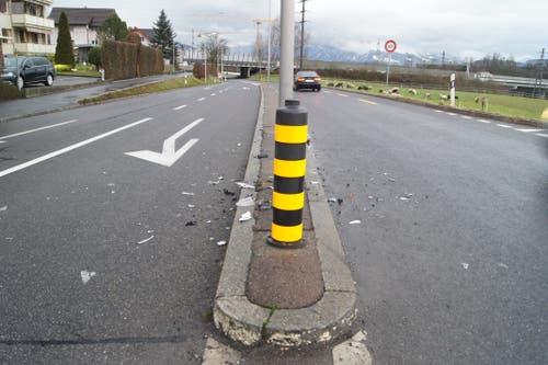 Hünenberg - 14. JanuarWeil sein Auto beschädigt war, kontrollierte die Polizei dessen Lenker. Dieser stand unter Alkoholeinfluss (1,68 Promille) und hatte kurz zuvor eine Kollision.