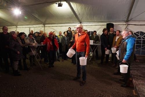 Dafür braucht es tatkräftige Mithilfe der Gäste. (Bild pd/Kuno Scheuber, Alpnach, 14. Januar 2019)