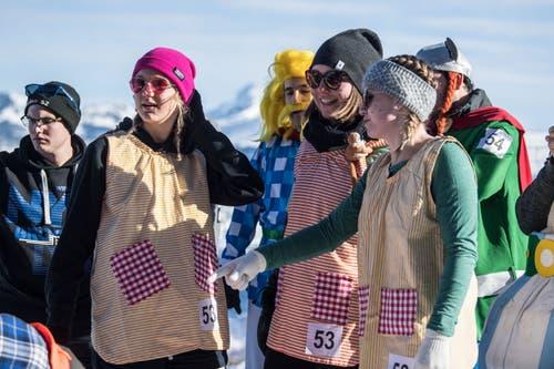 """Bei einem Badewannenrennen darf Pippi Langstrumpf nicht fehlen, dachte sich das Team """"Villa Kunterbunt"""".... (Bild: Nadia Schärli, Stoos, 19. Januar 2019)"""