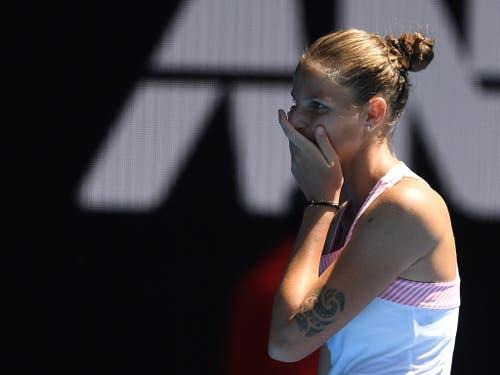 Karolina Pliskova kann es kaum glauben: Sie holte im dritten Satz einen 1:5-Rückstand auf (Bild: KEYSTONE/EPA AAP/LUKAS COCH)