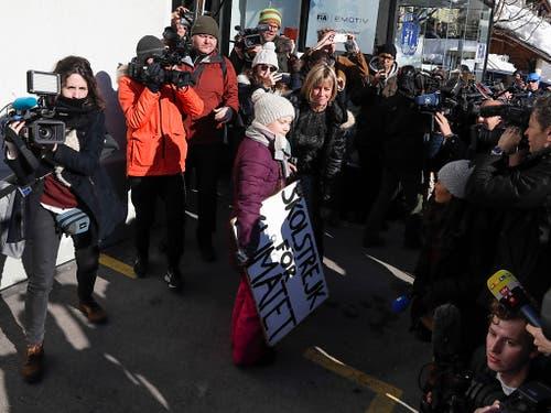 Sie mag es gemäss eigenen Aussagen nicht, im Fokus zu stehen. Dem konnte sie in Davos jedoch nicht entgehen. (Bild: KEYSTONE/AP/MARKUS SCHREIBER)
