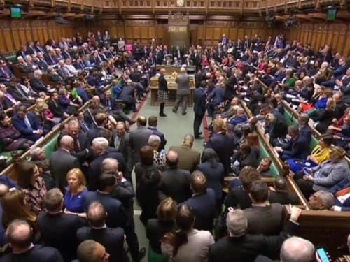 Das britische Parlament will die Garantie einer offenen Grenze in Irland im Brexit-Deal neu verhandeln. (Bild: KEYSTONE/EPA PARLIAMENTARY RECORDING UNIT/)