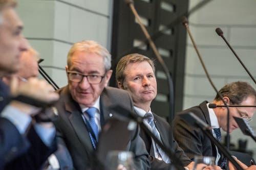 «Ich beginne nochmals.» Versprecher zum Zweiten: Regierungspräsident Robert Küng (links) brauchte zwei Anläufe für sein Votum zum Postulat von Hasan Candan (SP, Luzern) über die Landwirtschaft.