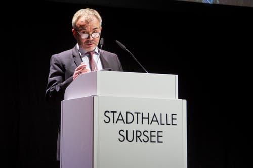 Beat Leu, Stadtpräsident von Sursee begrüsste die CVP-Delegiertenversammlung in der Stadthalle Sursee. (Bild: Boris Bürgisser (Sursee, 29. Januar 2019))