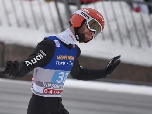 Der Deutsche Markus Eisenbichler ist in Innsbruck der Geschlagene: Der Tournee-Zweite fliegt lediglich auf den 13. Platz (Bild: KEYSTONE/EPA/ANGELIKA WARMUTH)