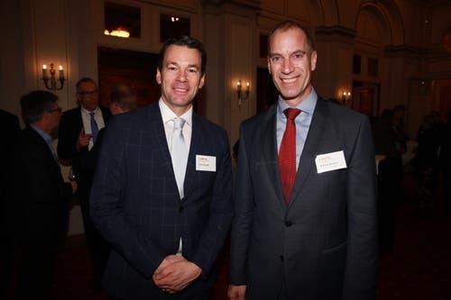 IHZ-Direktor Felix Howald mit IHZ-Vorstandmitglied Markus Bucher, CEO der Pilatus Aircraft Ltd. (Bild: PD)