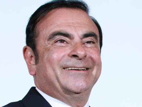 Ein Bild des Automanagers Carlos Ghosn aus besseren Zeiten - der 64-Jährige wirkte am Dienstag vor Gericht dagegen abgemagert. (Bild: KEYSTONE/AP/EUGENE HOSHIKO)