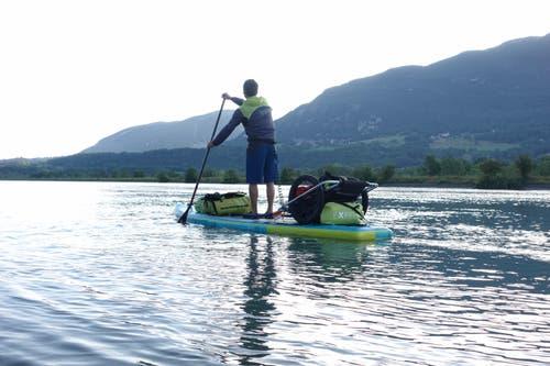 Thomas Oschwald auf der Reise zwischen Rhone- und Rheinquelle. (Bild: PD)