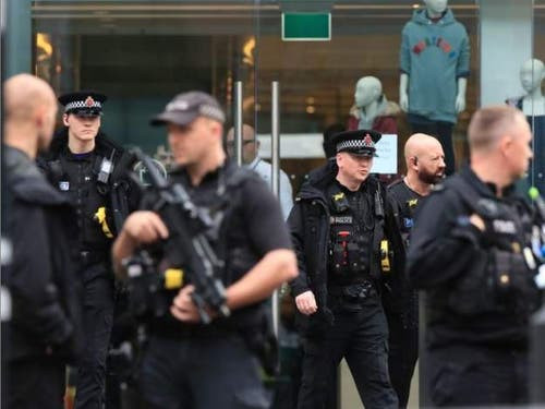 Die Polizei entsandte die Anti-Terroreinheit. (Bild: BBC)