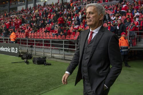 Trainer Vladimir Petkovic. (Bild: KEYSTONE/Georgios Kefalas)
