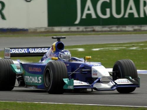 2001 debütierte Räikkönen als damals 21-Jähriger für das Hinwiler Sauber-Team in der Formel 1. Der Finne klassierte sich als Sechster auf Anhieb in den Punkterängen (Bild: KEYSTONE/JIMMY FROIDEVAUX)