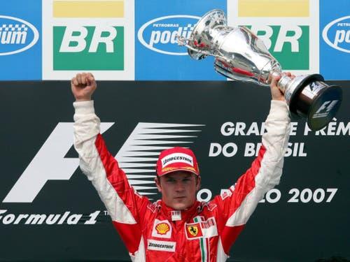 Seine erfolgreichste Zeit erlebte Räikkönen 2007 bis 2009 mit Ferrari. Seit seinem WM-Titel 2007 ist er noch immer Ferraris letzter Champion (Bild: KEYSTONE/EPA/GERO BRELOER)