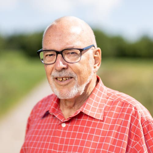 Karl Seeholzer, Siebnen, Liste 15 – Generation 60plus, Pensionierter Kaufmännisch-Technischer Angestellter, 1941.nicht gewählt – 205 Stimmen