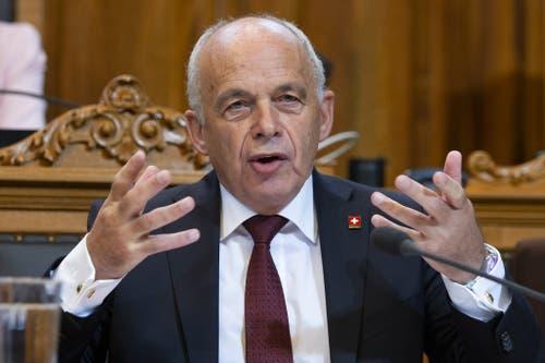 Ueli Maurer, SVP. 2009 - 2015.