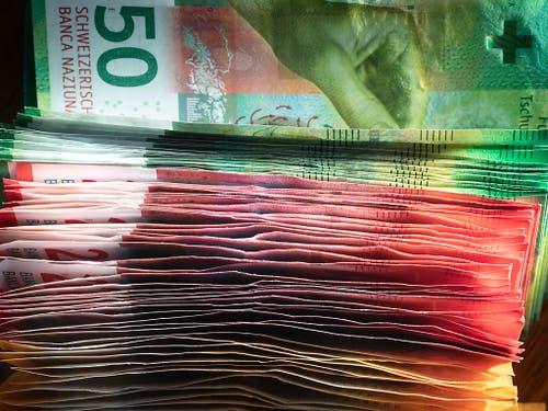Die Mehrzahl der kantonalen Finanzdirektoren rechnet für das Jahr 2020 mit gut gefüllten Kassen. (Bild: KEYSTONE/GAETAN BALLY)
