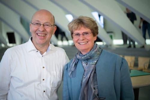 Ständeratskandidat Pietro Vernazza GLP mit Wahlhelferin Margrit Kessler. (Bild: Ralph Ribi)