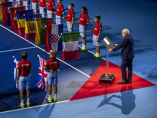 Immer speziell: Die Eröffnungsfeier der 50. Swiss Indoors (Bild: KEYSTONE/GEORGIOS KEFALAS)