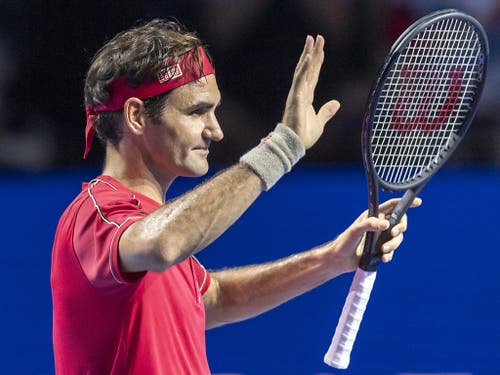 Galavorstellung zum Auftakt der Swiss Indoors: Roger Federer brauchte nur 52 Minuten, um sich gegen den Qualifikanten Peter Gojowczyk für die 2. Runde zu qualifizieren (Bild: KEYSTONE/GEORGIOS KEFALAS)