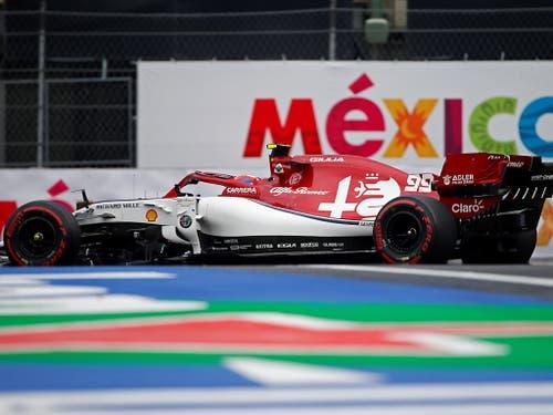 Der Hinwiler Rennstall Alfa Romeo, hier mit Antonio Giovinazzi im Auto, gewann in Mexiko keine WM-Punkte. Während der Italiener 14. wurde, musste Kimi Räikkönen das Rennen nach 59 von 71 Runden wegen eines überhitzten Motors aufgeben (Bild: KEYSTONE/EPA EFE/FRANCISCO GUASCO)