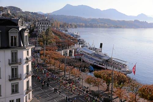 Blick auf den Schweizerhofquai. (Bild: Andy Mettler/swiss-image, Luzern, 27. Oktober 2019)