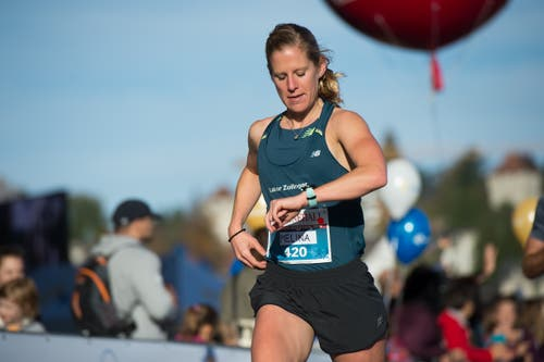 Melina Frei ist bestens im Zeitplan für den Sieg im Halbmarathon.