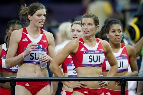 2012: Olympische Spiele LondonDie Schweizerinnen um Mujinga Kambundji (ganz rechts) qualifizieren sich zwar für das Highlight des Jahres, scheiden aber erwartungsgemäss im Vorlauf aus. (Bild: Keystone)