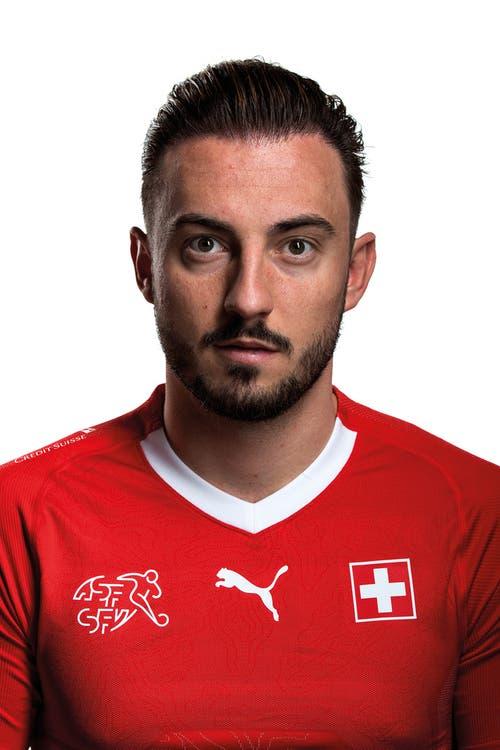 Mittelfeld/Sturm: Josip Drmic (Norwich City)