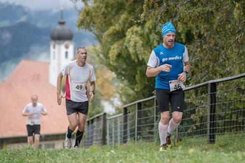 Rolf Meister aus Kriens vor David Lienhard aus Malters. (Bild: Pius Amrein, 6. Oktober 2019)