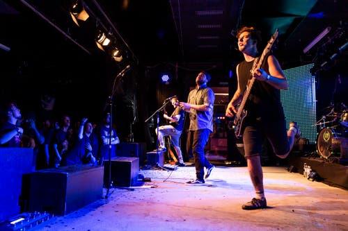 Die Zuger Band «Mindcollision» veröffentlicht ein neues Album. Die Album-Releaseparty fand in der Galvanik statt. (Bild: Patrick Huerlimann, Zug, 5. Oktober 2019)
