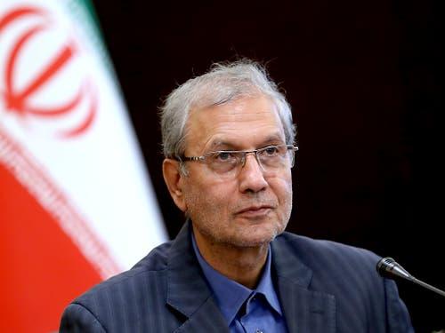 Irans Regierungssprecher Ali Rabiei hat nach den Ausschreitungen im Irak an beide Parteien appelliert, den Konflikt friedlich beizulegen. (Bild: KEYSTONE/AP/EBRAHIM NOROOZI)