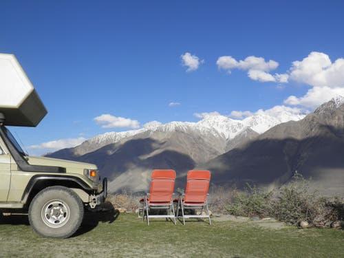 Tadschikistan: Liebt man die einsame Bergwelt, ist das der richtige Ort für einen traumhaften Übernachtungsplatz. (Bild: Walter Odermatt)