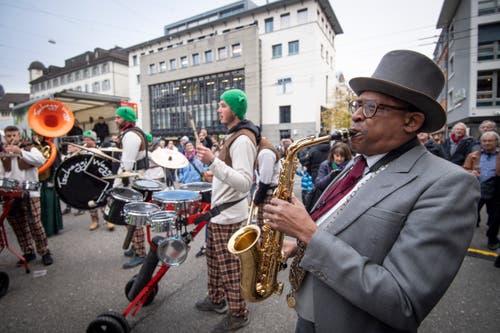 Föbü Malcolm Green und Gugger der Tschaggi-Waggi aus St.Gallen in Aktion. (Bild: Ralph Ribi)