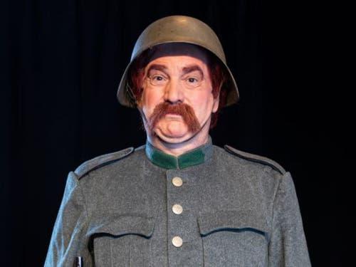 Der Schauspieler Gilles Tschudi tritt mit der Rolle des legendären HD-Soldats Läppli in grosse Fussstapfen. (Bild: Theater Fauteuil/Foto Mimmo Muscio)