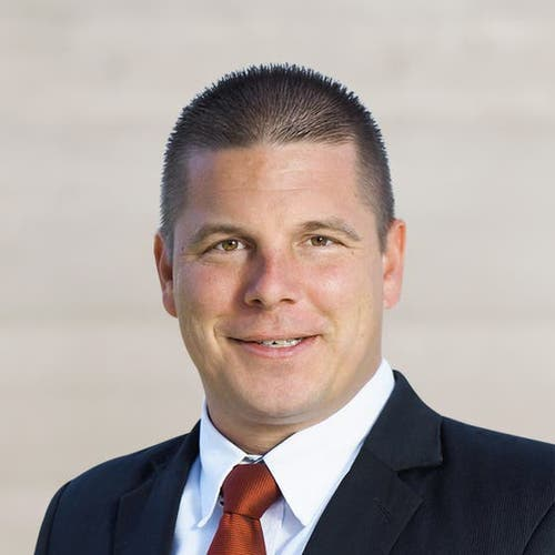 Erich Hess (38) lancierte als Präsident der Jungen SVP erfolgreich das Referendum gegen die Personenfreizügigkeit. Vor fünf Jahr schaffte er den Sprung in den Nationalrat (Bild: Key)
